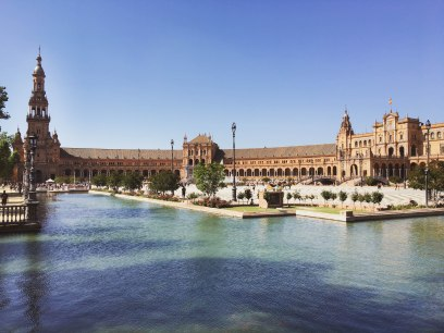 The famous landmark and movie set, Plaza de España